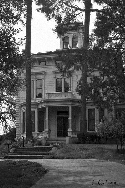 historic-building-01.jpg