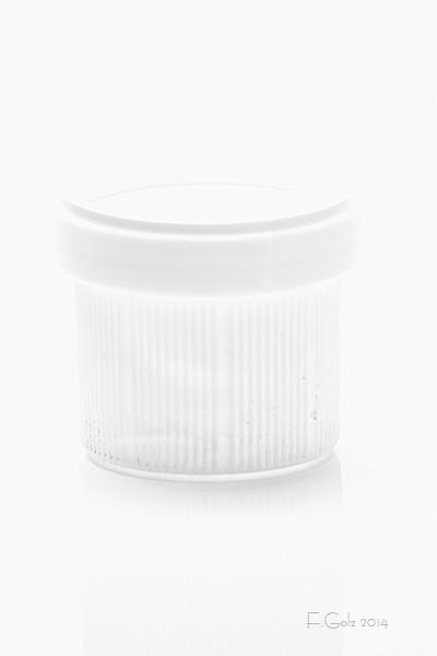 White on White 03